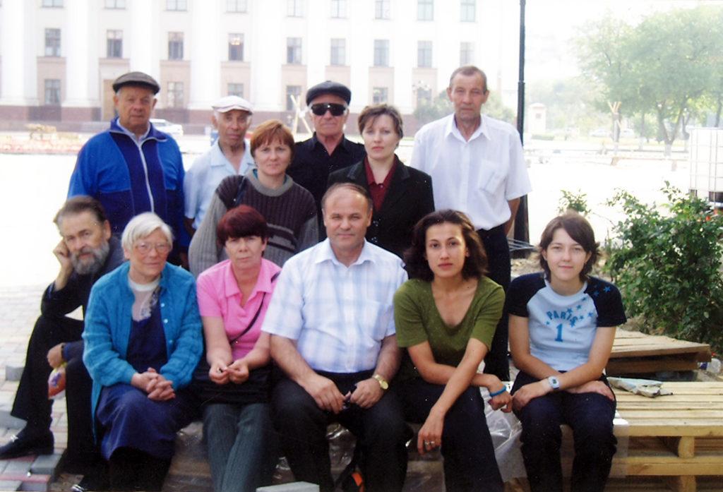 Защита коммунистами РКРП памятника В.И. Ленину от переноса в Тюмени в 2004 году. Они защитили памятник.